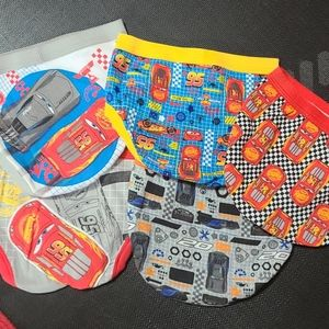 Five new pairs of size 4T Boys Disney underwear